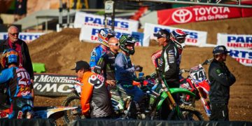 Riders discuss the chances ahead of Anaheim 1 - Pic Hoppenworld