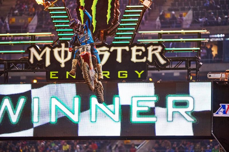 Try Canard captures his first 450SX Class Main Event win since 2011 in Oakland - Photo Credit: Hoppenworld