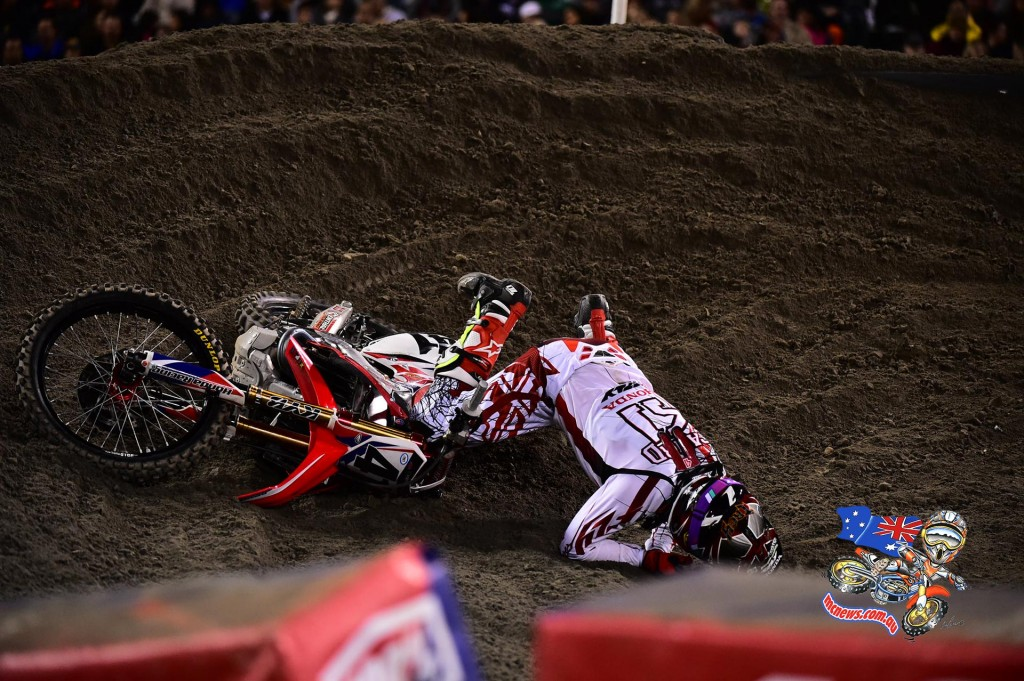Trey Canard crashed on Lap 10 and lost several spots