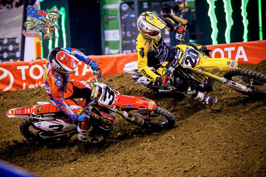 Eli Tomac and Broc Tickle battle at Indy