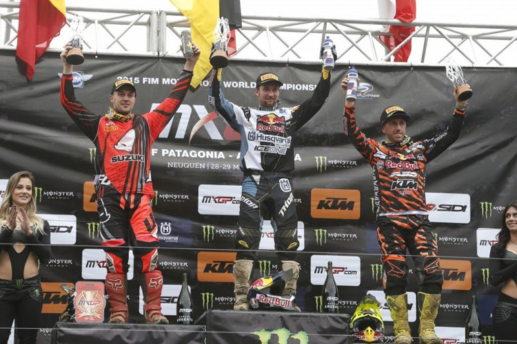 Desalle Nagl and Cairoli on the Podium