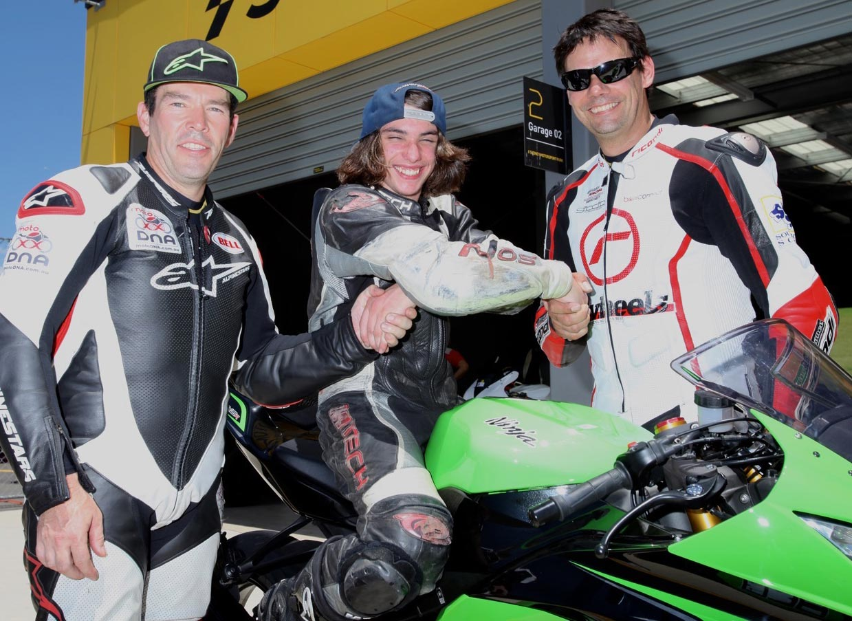 Jacob Whitehouse with motoDNA's Mark McVeigh and BCperformance Kelvin Reilly