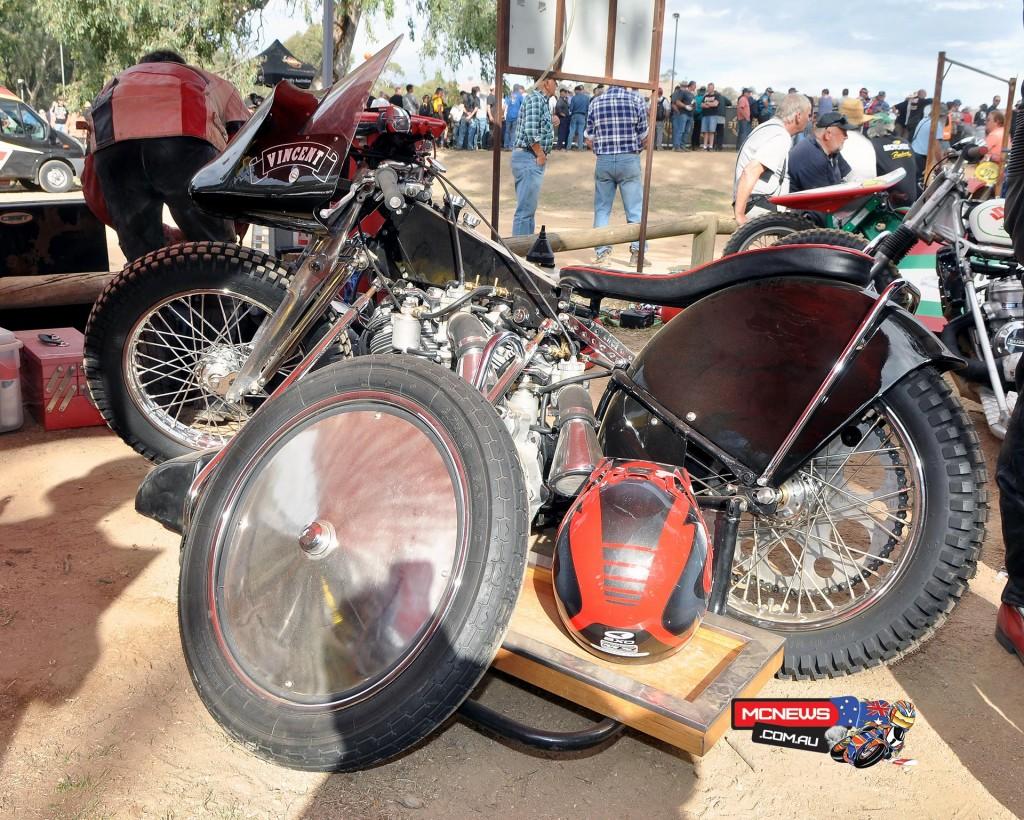Vincent Speedway Slider
