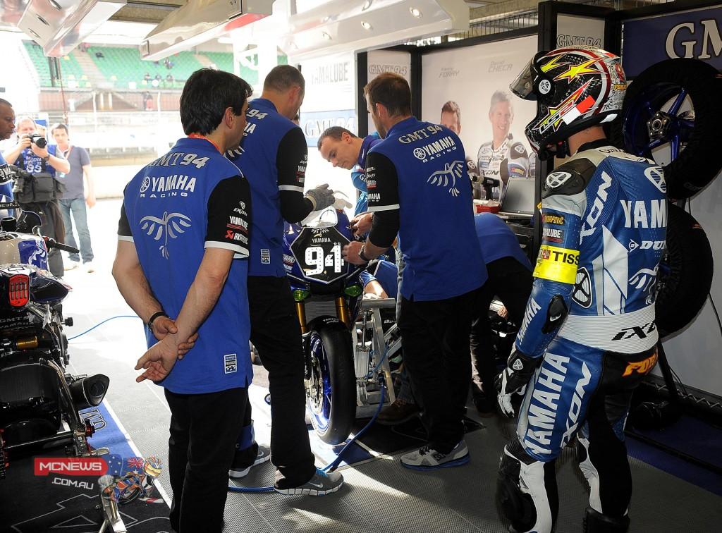 Le Mans 24 Hour Qualifying - GMT94 Yamaha pits
