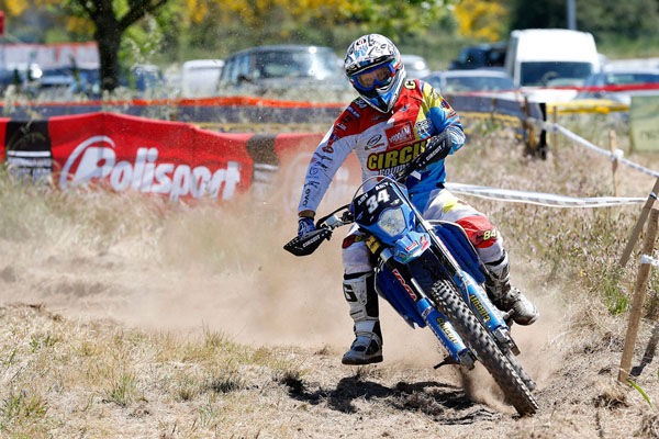 Eero REMES get the best from NAMBOTIN's injury
