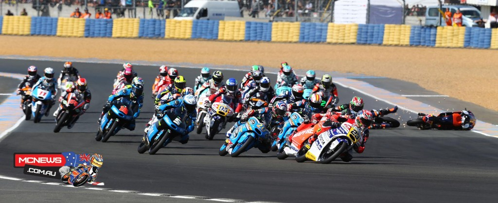 Fenati, Bastianini and Bagnaia filled the Le Mans podium with the Italian flag, perfectly setting the scene for their home round.