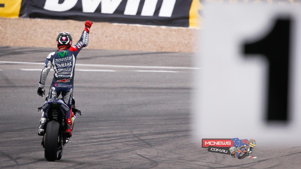 Movistar Yamaha's Jorge Lorenzo dominates the race in Jerez to take victory by over 5 seconds as Rossi claims his 200th podium
