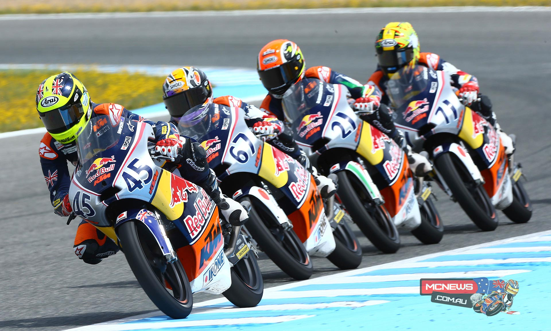 Olly Simpson leads the pack at the Jerez Red Bull Rookies Cup season 2015 opener