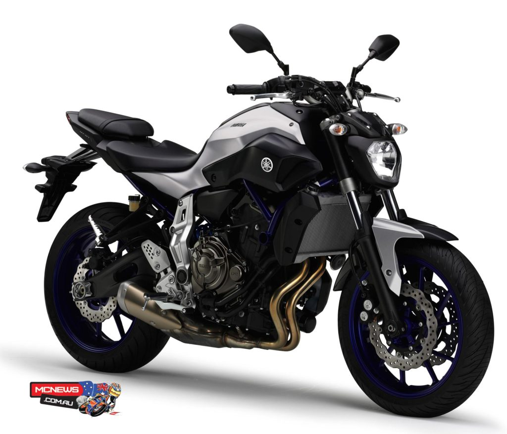 689cc High Output Yamaha MT-07HO is available in Race Blu colour scheme (yes this is the Race Blu colour scheme....)