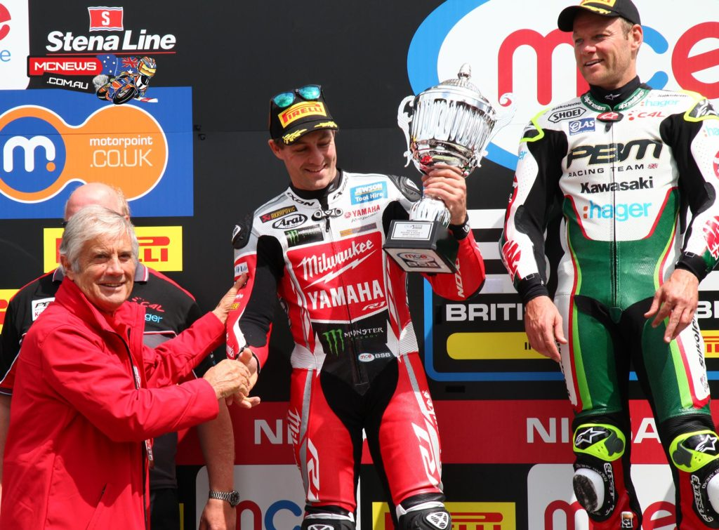 Josh Brookes took two second place finishes at Snetterton BSB 2015 despite some electronic problems hampering the Milwaukee Yamaha YZF-R1
