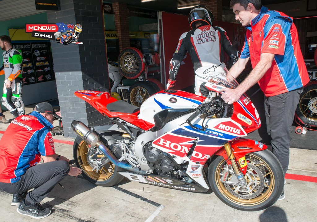 Jamie Stauffer returns to the pits after FP2 this morning at Sydney Motorsports Park