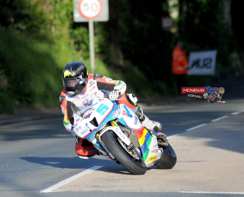Kiwi Bruce Anstey was second quickest in the Thursday 2015 IOM TT Qualifying session