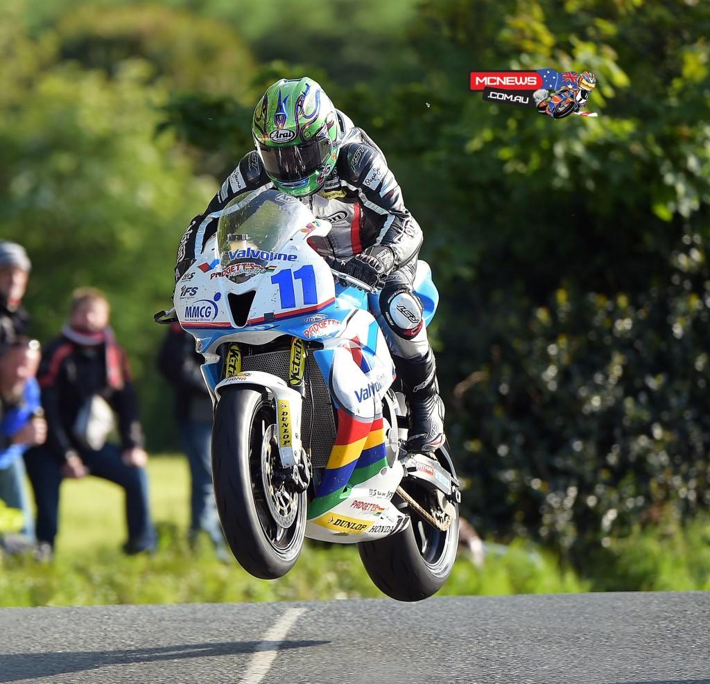 Isle of Man TT 2015 - Practice - Cameron Donald - Honda Supersport