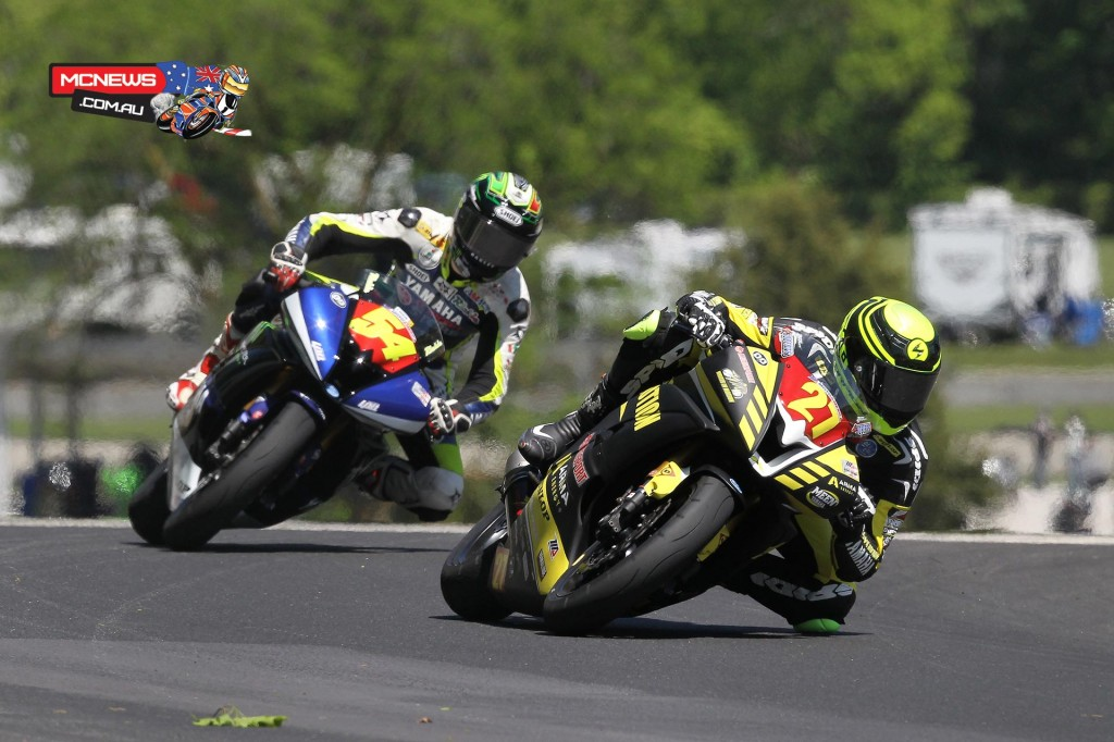 Joe Roberts (27) beat his rival Richie Escalanate (54) to win the Superstock 600 race. Photography by Brian J. Nelson.