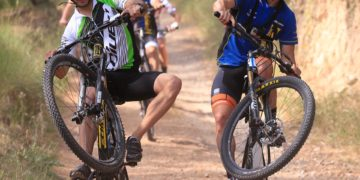 The Gran Premi Monster Energy de Catalunya has kicked off with a casual mountain bike ride which took six riders from the city of Granollers to the nearby Circuit de Barcelona - Catalunya. They went through the hilly area