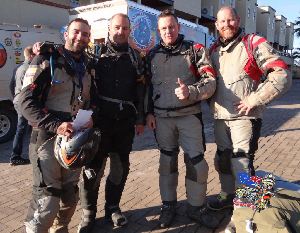 BMW GS Safari Enduro 2015 - Thumbs up after a successful adventure