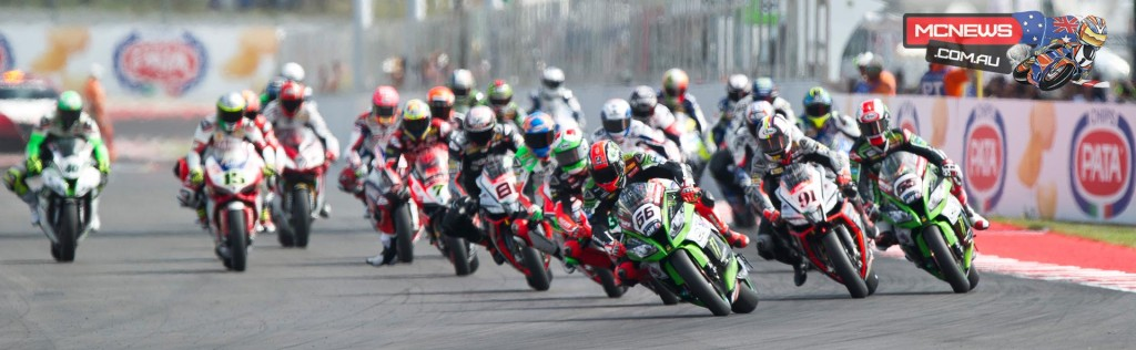 Tom Sykes leads the WorldSBK field away at Misano 2015