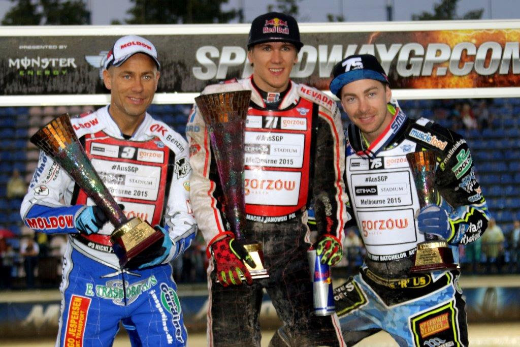 Polish champion Maciej Janowski charged to his first FIM Speedway Grand Prix triumph in Daugavpils. Nicki Pederson 2nd and Troy Batchelor 3rd