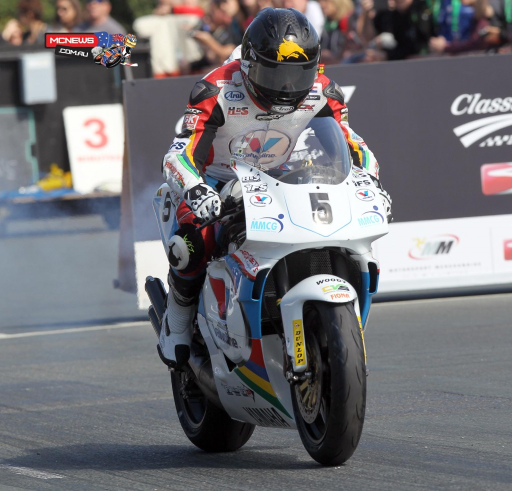 Bruce Anstey setting off to win the 2014 F1 Classic TT race