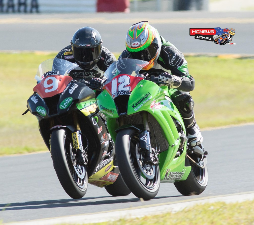 Matt Walters and Mike Jones battle at Sydney Motorsports Park