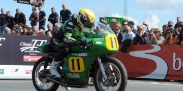 Ian Lougher sets off on the Paton on his way to winning the 2014 Bennetts 500cc race