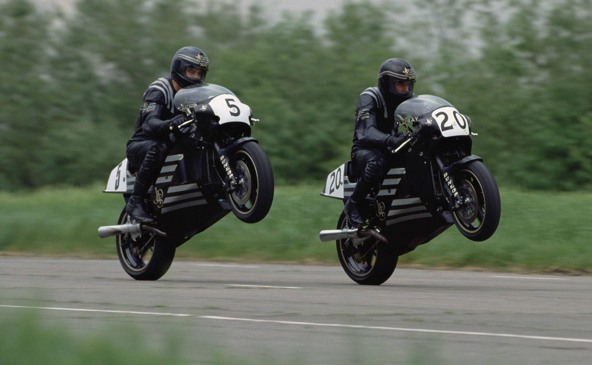 Pictured are Trevor Nation and Steve Spray. © Motorcycle News.