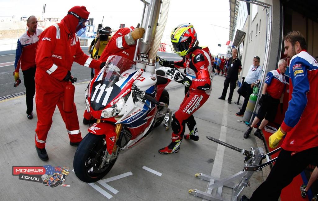 Team Honda Pit Stop - Oscherlseben 8 Hours 2015