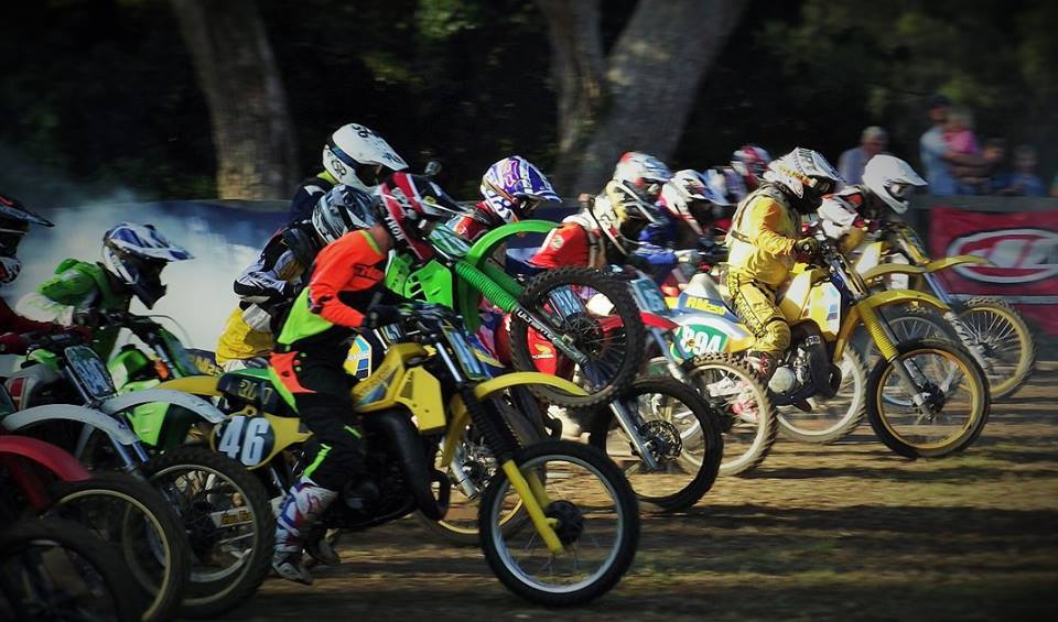 Steve Freiberg 894 get the jump on a full field - Conondale Classic 2015