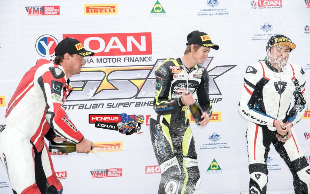 Mike Jones crowned 2015 ASBK Champion at Symmons Plains