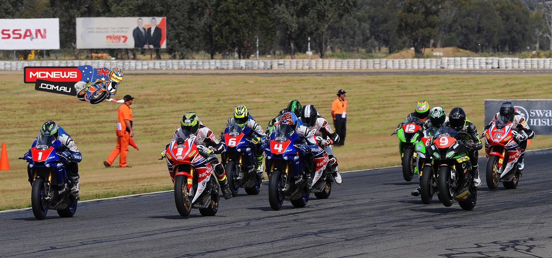 Swann Australasian FX Superbike Championship 2015 - Round Six - Winton Motor Raceway - Superbike Start