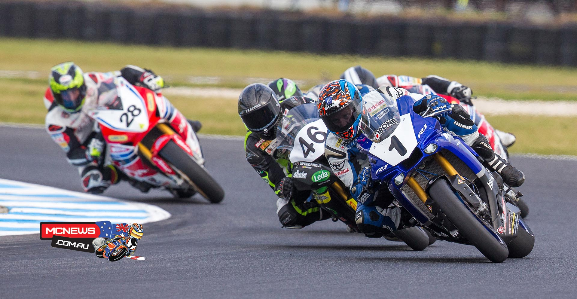 Superbike Race Two - MotoGP 2015 - Phillip Island