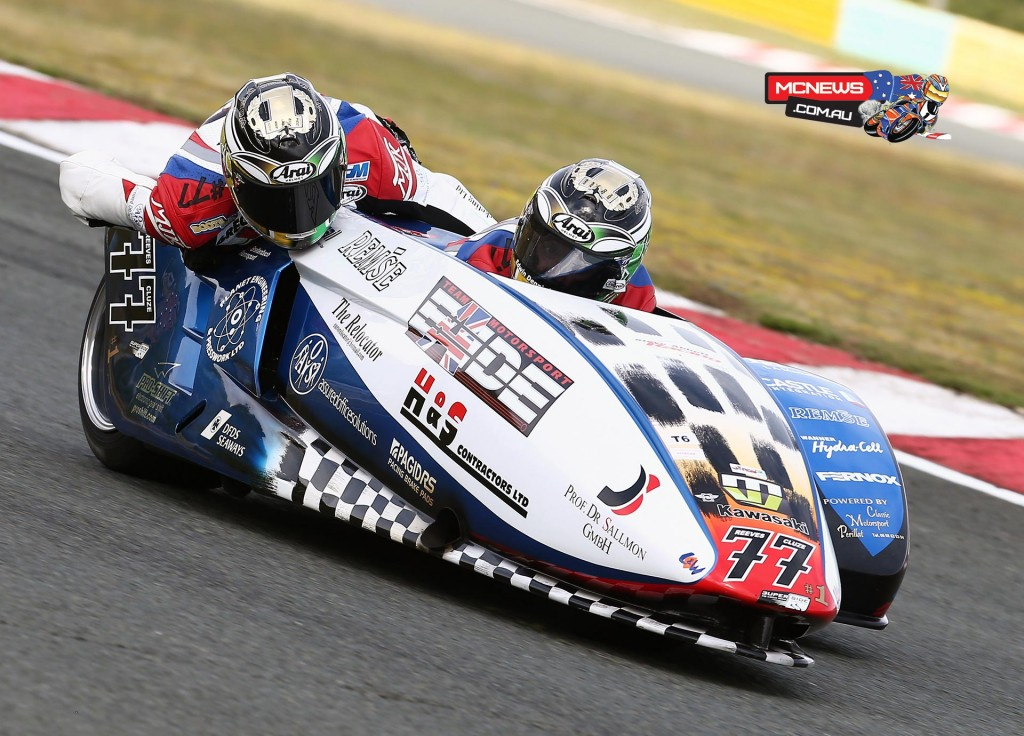Multi world Sidecar champion Tim Reeves will be racing in the three round Suzuki Series which kicks off at Hampton Downs on December 6 and finishes at Wanganui's Cemetery Circuit on Boxing Day