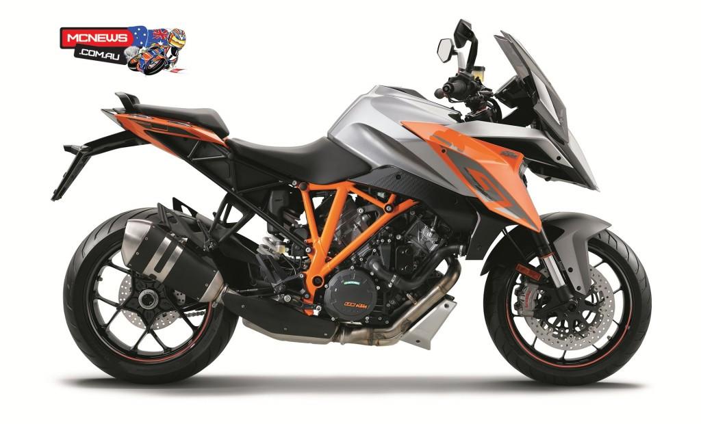 KTM-1290-SuperDuke-GT-Orange