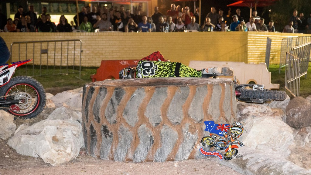 Perth International Enduro Cross 2015 - Daniel Sanders went down in the rocks after chasing down Kyle Redmond, his chance at the $5000 purse went down with the KTM 300 EXC