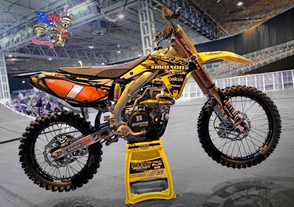 SR75-Molson Racing will officially represent Suzuki on next year's Arenacross Tour, the team unveiled its 2016 RM-Z450 colours at the NEC in Birmingham at the weekend, ready for the season opener on January 2