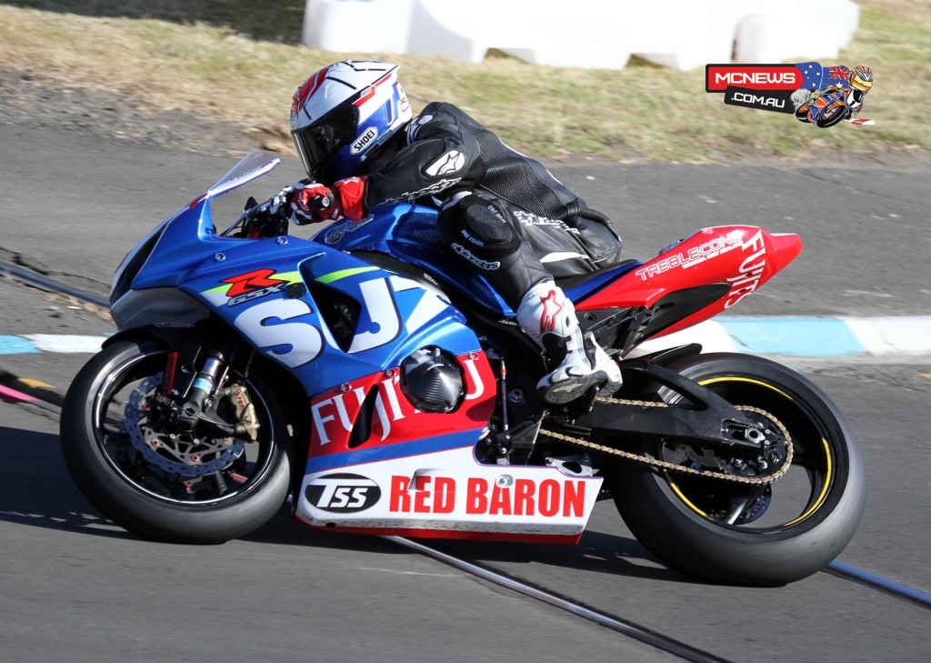 2015 Suzuki Series winner Sloan Frost riding on rails at Whanganui