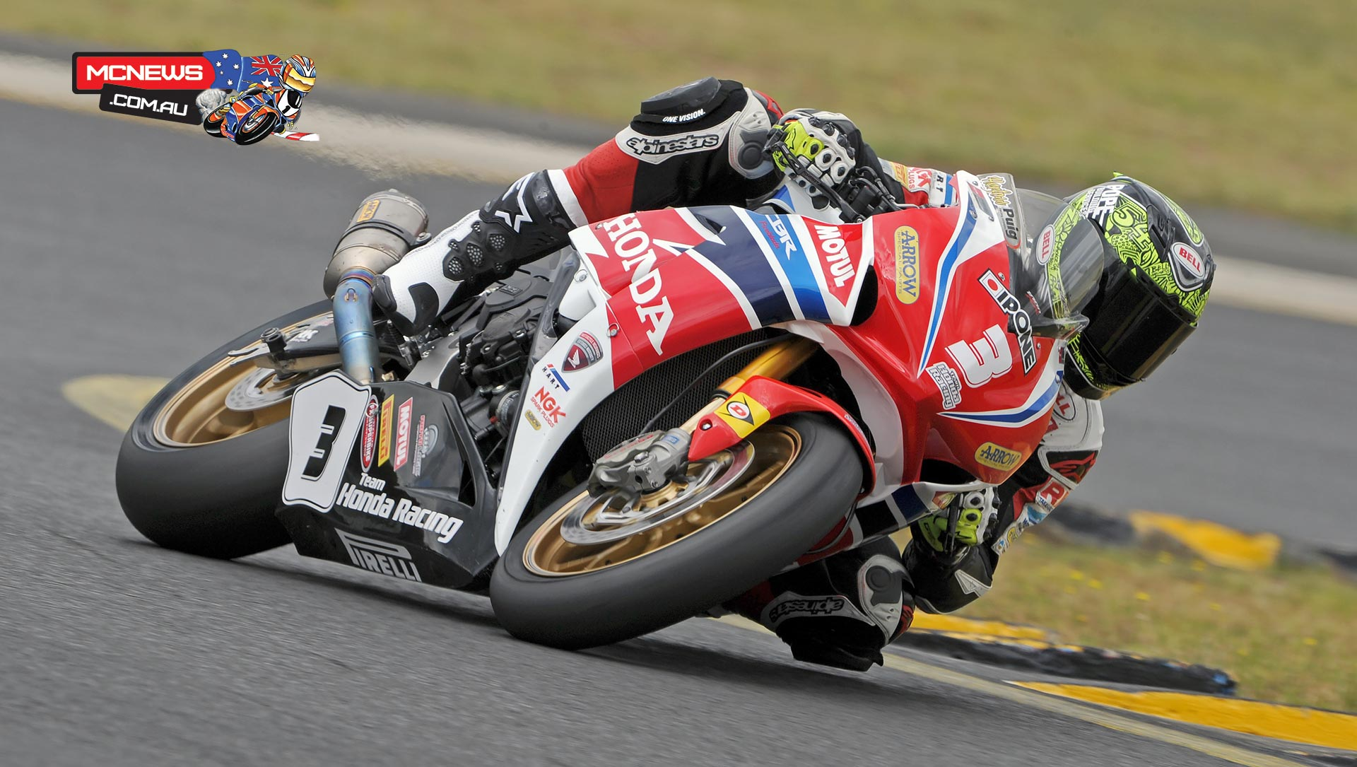 Troy Herfoss in action at Sydney Motorsports Park this morning. Image by Keith Muir