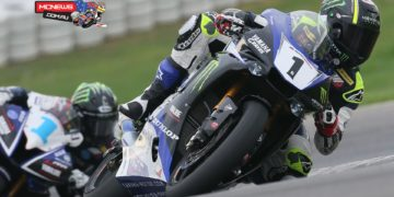 MotoAmerica Superbike Champion Cameron Beaubier leads Supersport Champion JD Beach during a two-day test at Thund