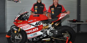 Mike Jones and Troy Bayliss - Image by Russell Colvin