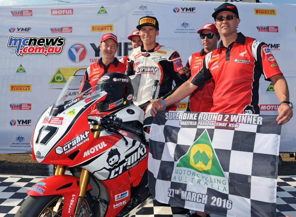 Troy Herfoss and Crankt Protein Honda Team - ASBK 2016 - Round Two - Wakefield Park