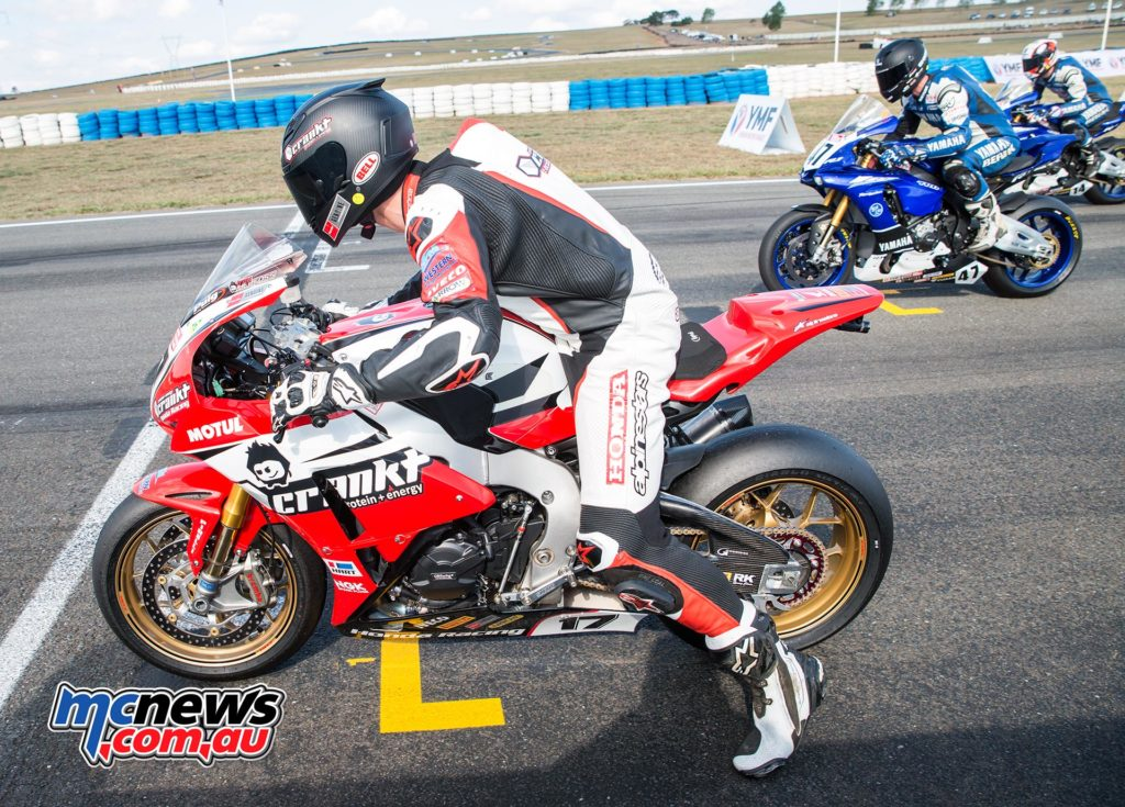 ASBK 2016 - Round Two - Wakefield Park - Race Two Start