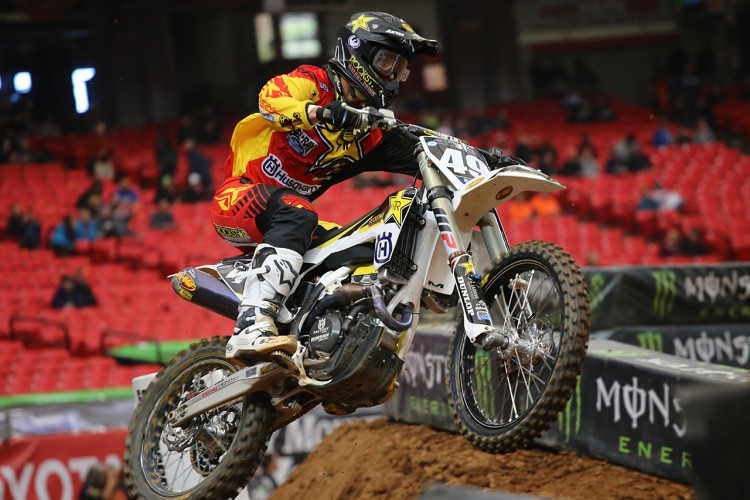 Davalos got the win on his new Husky