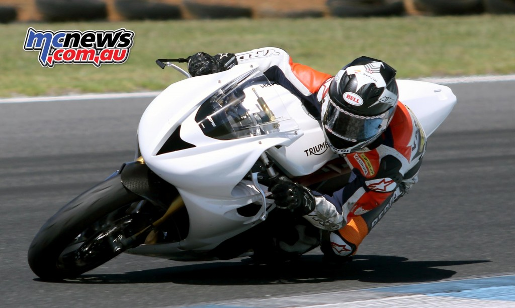 Mark Chiodo - ASBK Test February 2016 - Image by Mark Bracks