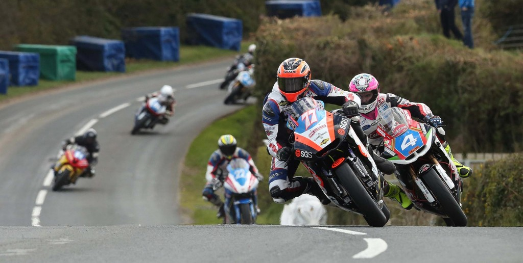 Ryan Farquhar got the better of Malachi Mitchell-Thomas in the Supertwin race - Pictures by Stephen Davison – Pacemaker Press International