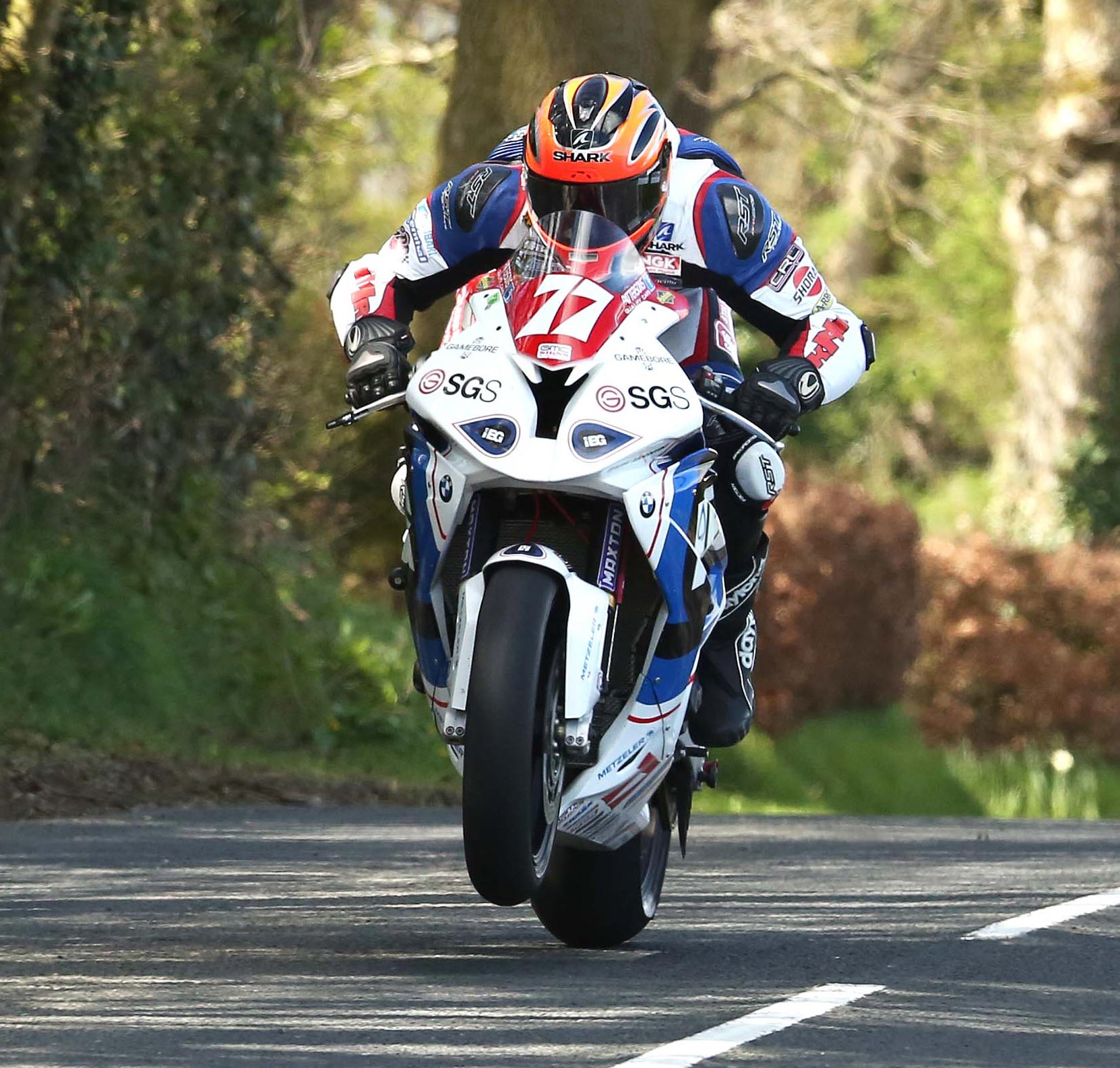 Ryan Farquhar in action on the IEG BMW - Pictures by Stephen Davison – Pacemaker Press International