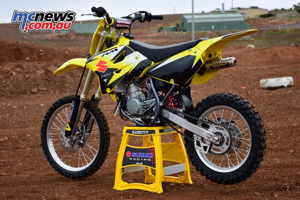 Suzuki RM85 with bonus race kit