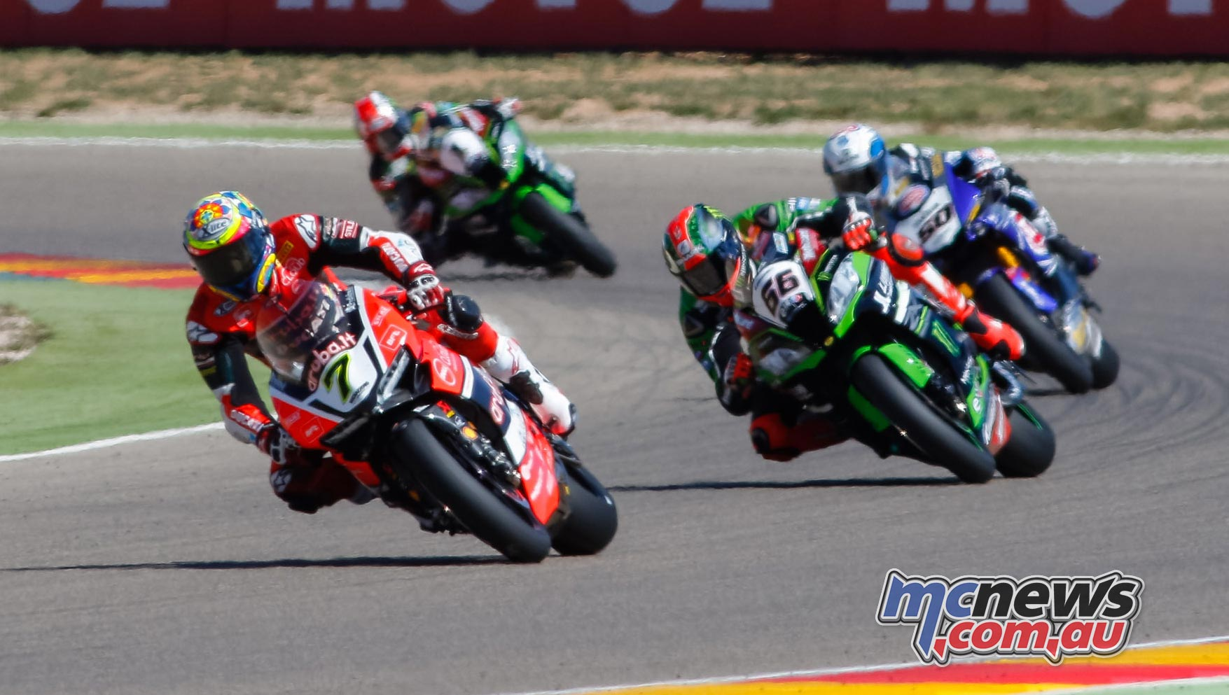 Chaz Davies leads Tom Sykes