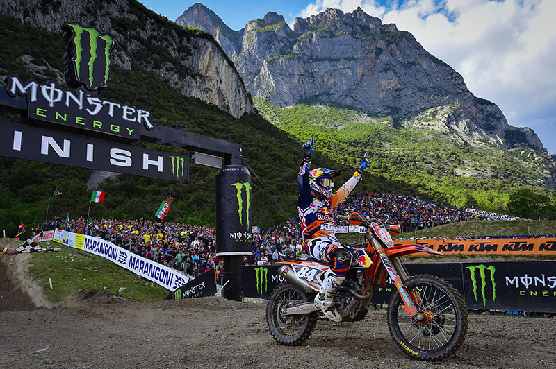Herlings scored the overall in Italy with 2-1 results