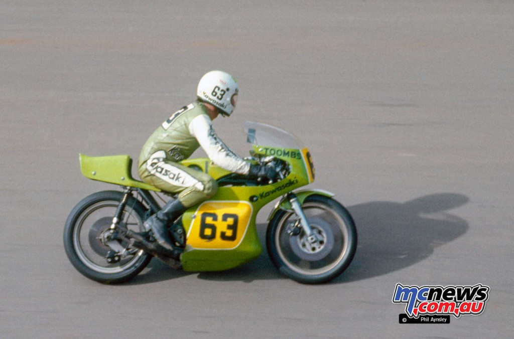 Ron Toombs on a Kawasaki H2R 750 at Bathurst in 1975 - Image by Phil Aynsley