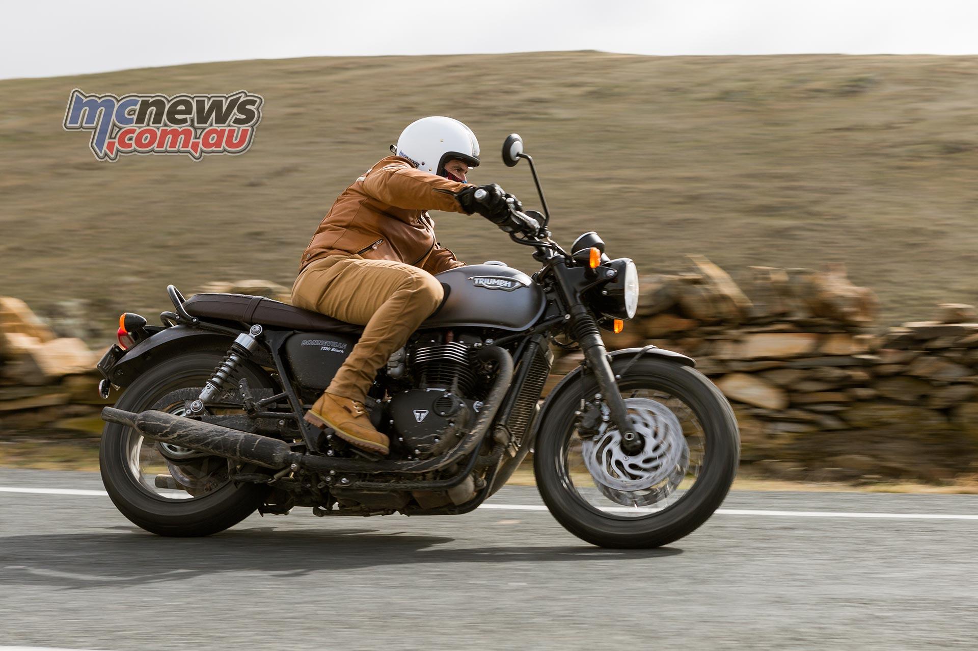 Triumph T120 Bonneville Review Test Mcnewscomau